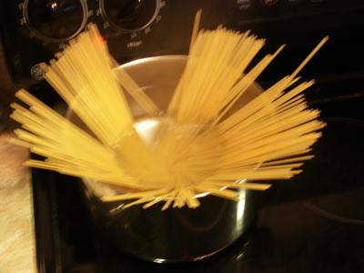 13_pasta_in_water