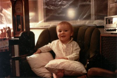 Smiling_in_chair_christmas_1983